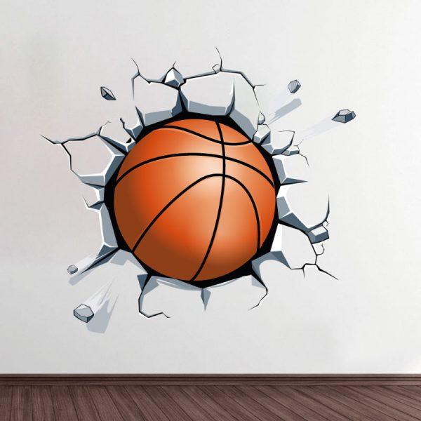 Bola de basquetebol a sair da parede. Autocolante decorativo de parede.
