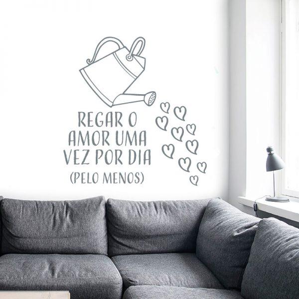 Regar o amor em vinil autocolante decorativo de parede.