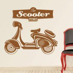 Scooter em vinil autocolante de parede decorativo.