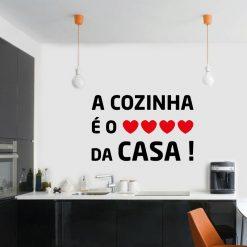 A cozinha é o coração da casa, autocolante decorativo para cozinhas.