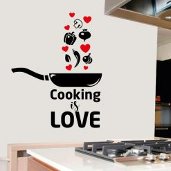 Cooking is love, autocolante decorativo para cozinhas.