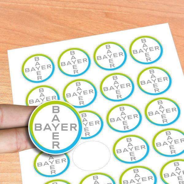 Stickers adesivos noformato redondo. Desenhe os seus autocolantes e nós imprimimos agora é fácil e rápido.